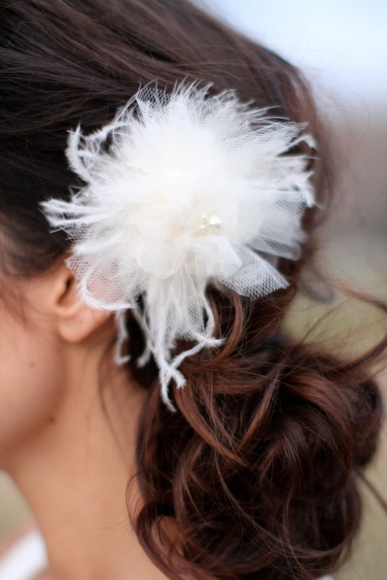 tulle feather hair accessory