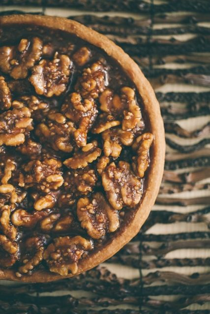 // Caramelized Walnut tart