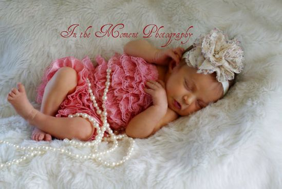 must have for a newborn photo