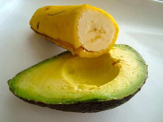 bananaquac! {banana  avocado mash for baby stage 1+}