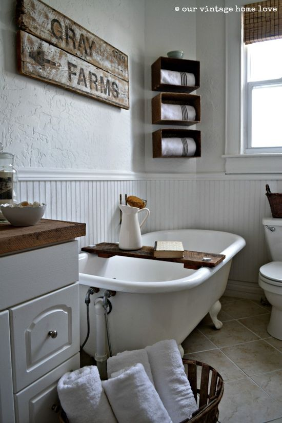 our vintage home love: Farmhouse Bathroom --- need to make a tub board like this...