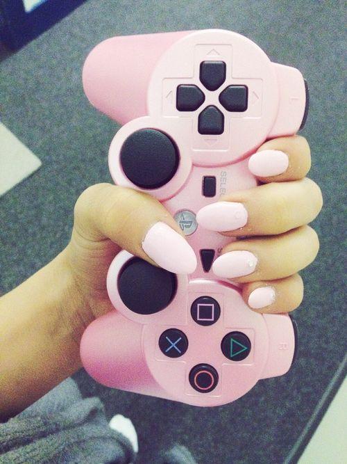 #light #pink #nail #polish #nails #manicure #beauty