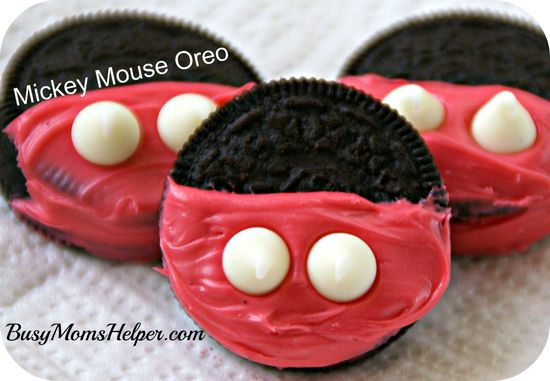Mickey Mouse Oreo Cookie- such a cute idea!! #disney #mickeymouse