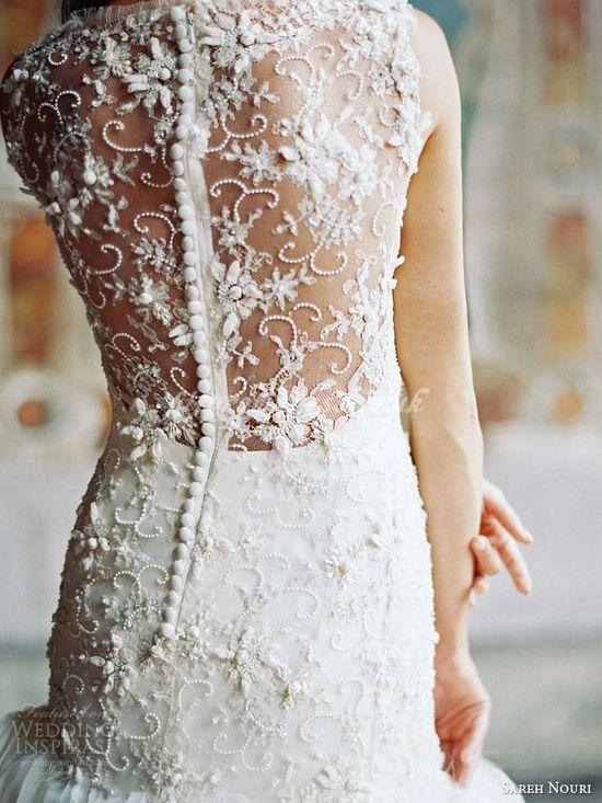 wedding dress.. I'm in love.