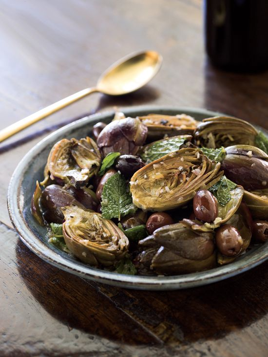 Braised Artichokes with Lemon, Mint and Olives via @Williams-Sonoma