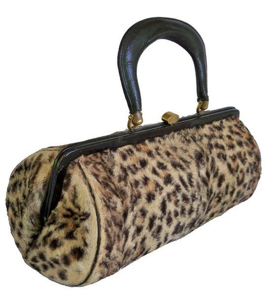 1950s Faux Leopard Fur Purse - love! #vintage #fashion #handbags