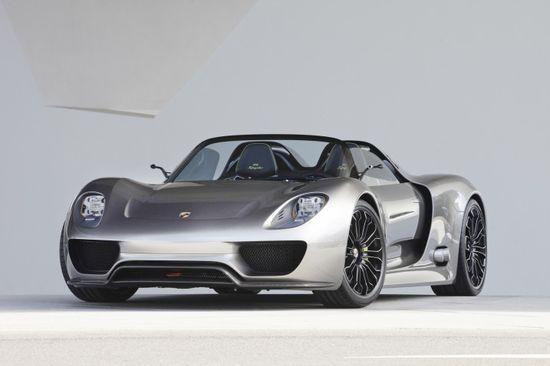 2014 Porsche 918 Spyder - Technological wonder!