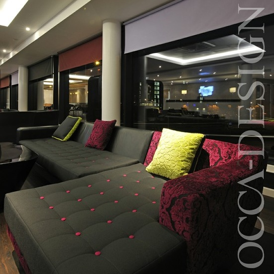 hotel interior design, hotel lounge area, bar interior, contemporary sofa, holiday inn express