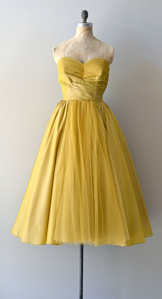 vintage 1950s Beaux Meaux dress    #vintagedress #mustard  #vintage #1950s