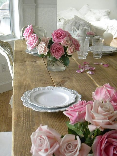 White dishes and roses.../