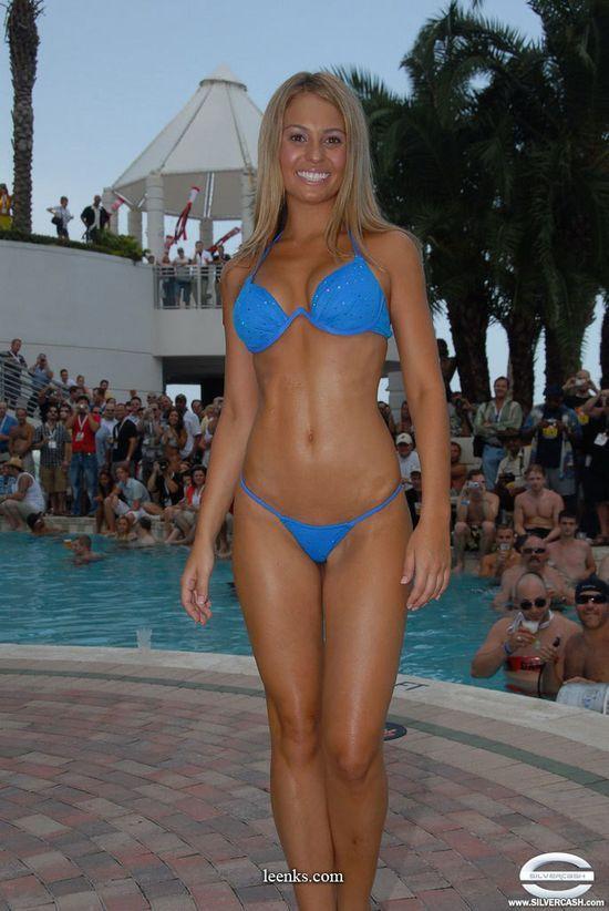 silvercash_bikini_contest_12.jpg in gallery Miss 50+ Bikini Contest Las