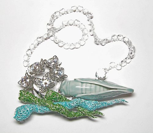 Lisa Juen  Brooch: Cicada  Enamel, silver, stainless steel, cubic zirkonia, porcelain cicada from Shanghai, glass  13 x 8 x 3 cm