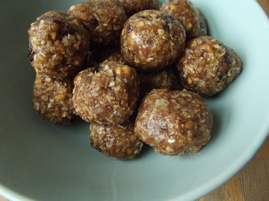 protein balls, healthy eating