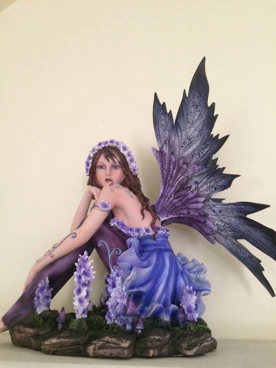 51 Figurine Fairies And Dragons Ideas Fairy Figurines Fairy Statues Dragon Figurines