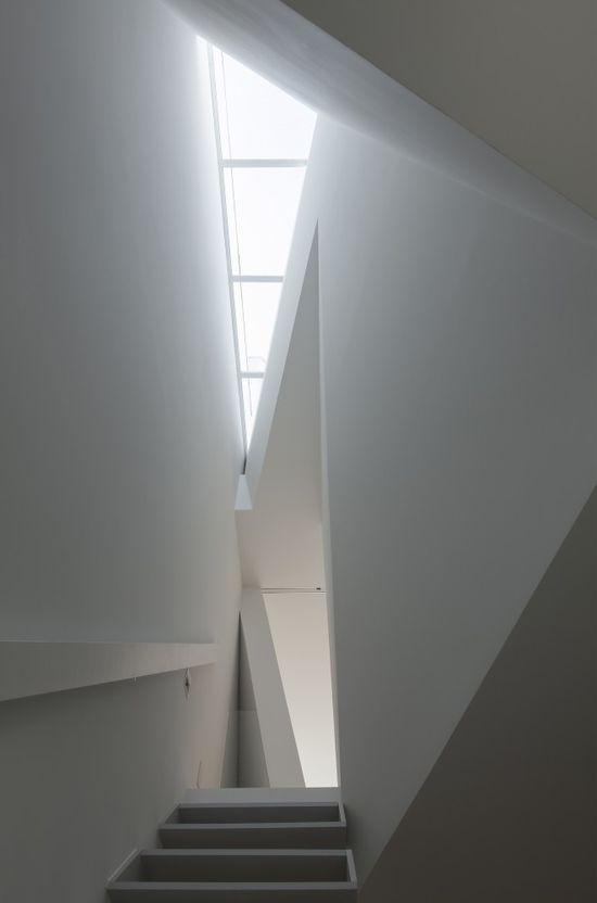 House in Tamatsu / Ido, Kenji Architectural Studio