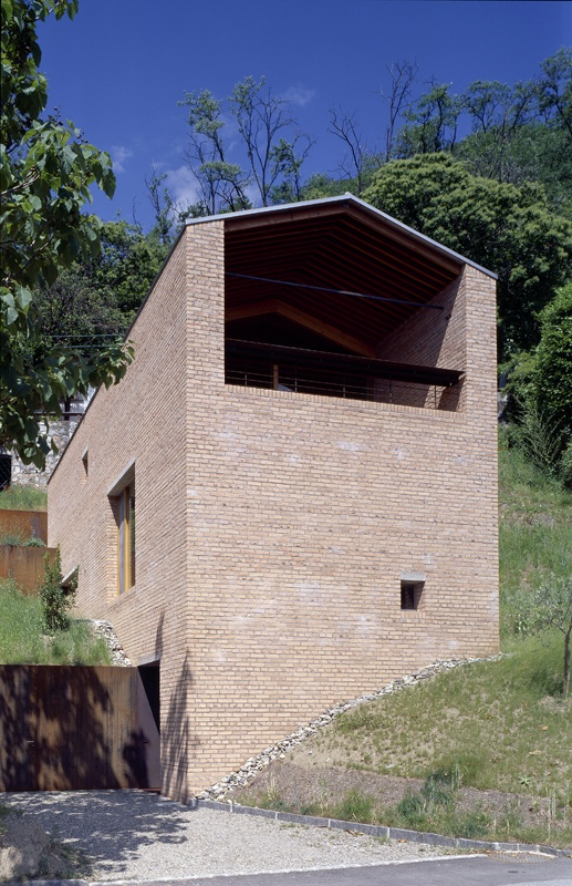 House in Marcote by Markus Wespi Jérôme de Meuron architects BSA #architecture #House #Brickwork #brick #Morcote