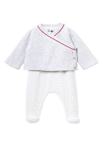 Cute attack! Baby clothes you need to see whether you're expecting or not.
