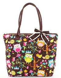 Does anybody not love owls?  Fun handbag to take you through the day!