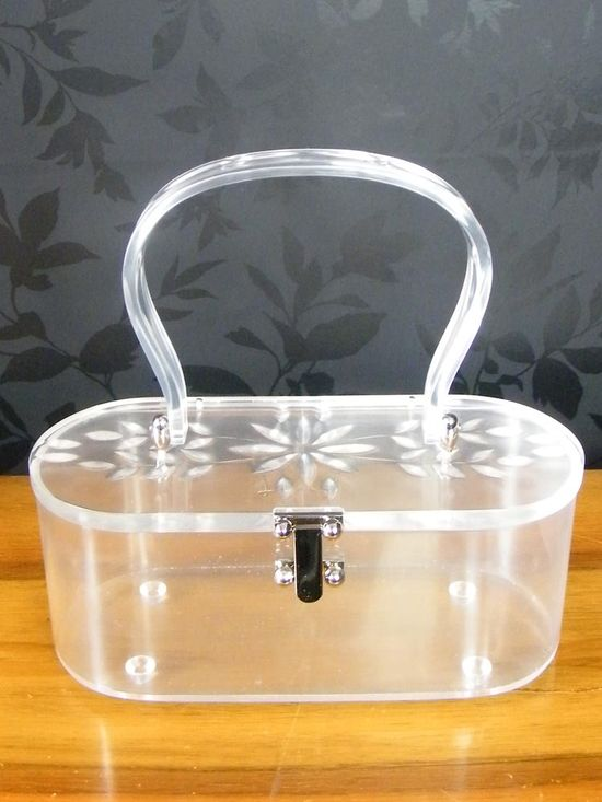 vintage handbag - I adore Lucite handbags. Too cute