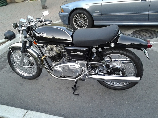 1971 Norton Commando Fastback