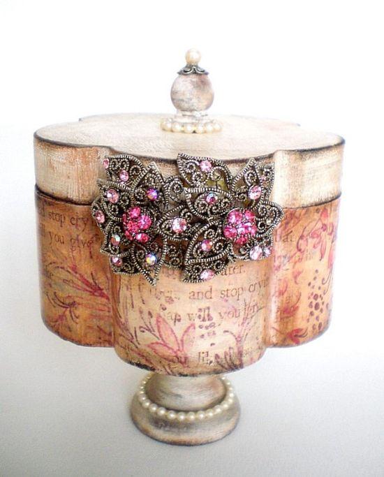 Shabby Chic Vintage\/Antique Look Trinket Box\/Treasure Box Pink