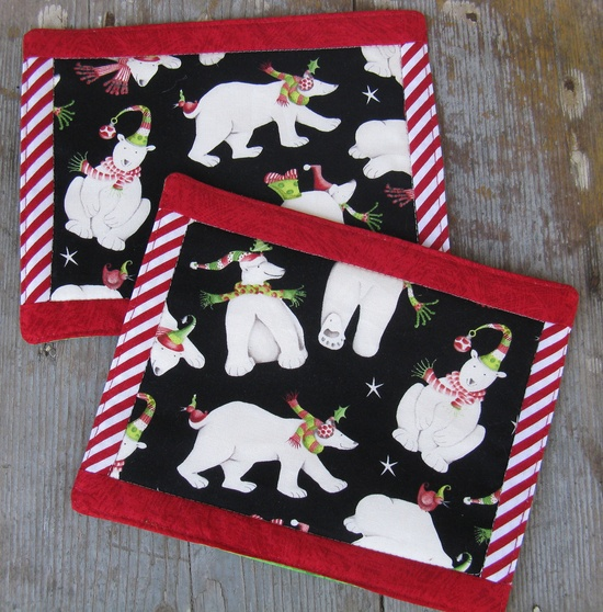 Christmas Polar Bears Reversible Quilted Mug Rugs - Set of 2. $12.00, via Etsy.