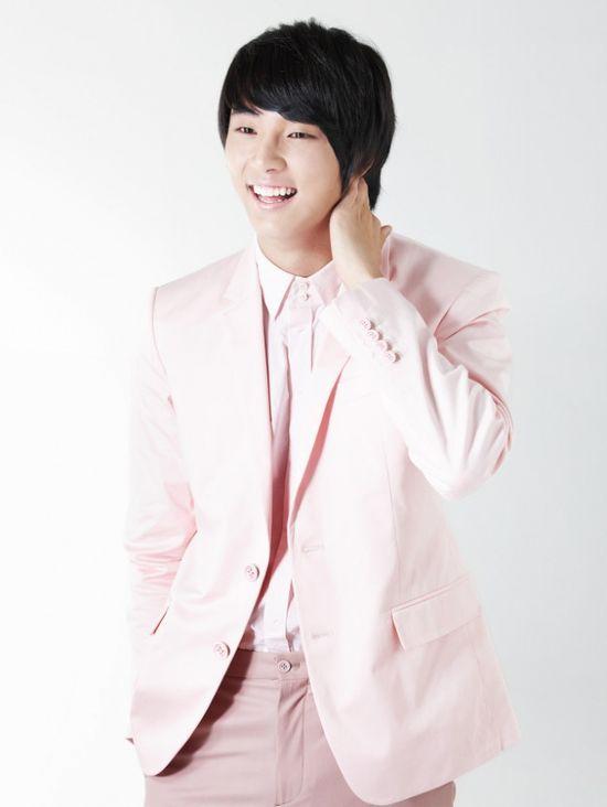 Yoon Shi Yoon ? 2009 High Kick Through the Roof ? 2010 Baker King, Kim Takgu ? 2011 Me Too, Flower! Seo Jae-hee ? 2013 Flower Boy Next Door Enrique Geum