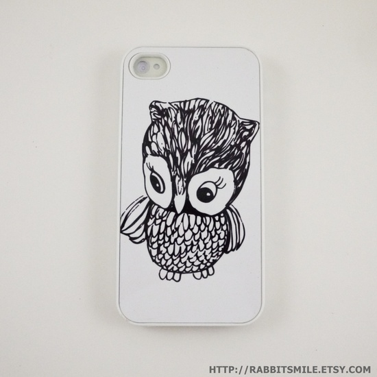 Little Owl iPhone 4 Case, iPhone 4s Case, iPhone 4 Cover, Hard iPhone 4 Case. $15.00, via Etsy.