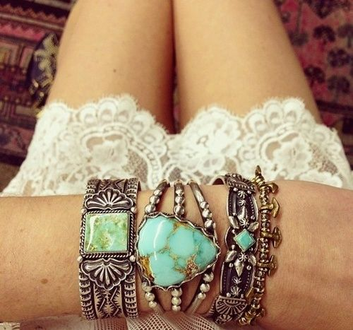 Bohemian Stacked Bangles - ALANGOO Jewelry Inspiration