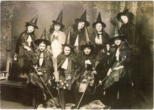 What a wonderfully charming vintage Halloween picture. I think these are most definitely white witches, they're too cute to be evil! :) #witch #Halloween #vintage #antique #photograph #costumes