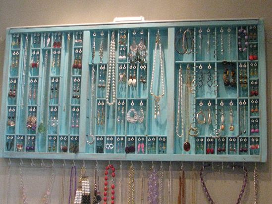 organize your jewelry! i need something like this