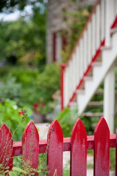 red picket fence. Love.