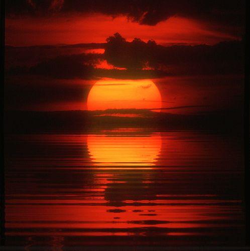 Por do sol vermelho reflexões no Alabama por Bahman Farzad, via Flickr