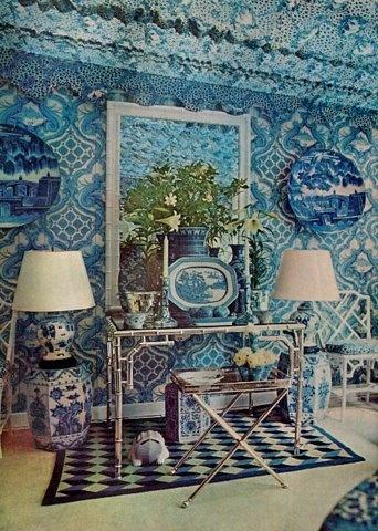Oscar de la Renta does blue and white