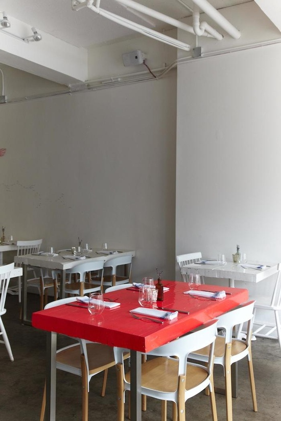 Restaurant in Toronto, L'Ouvrier, Remodelista