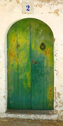 Great green door
