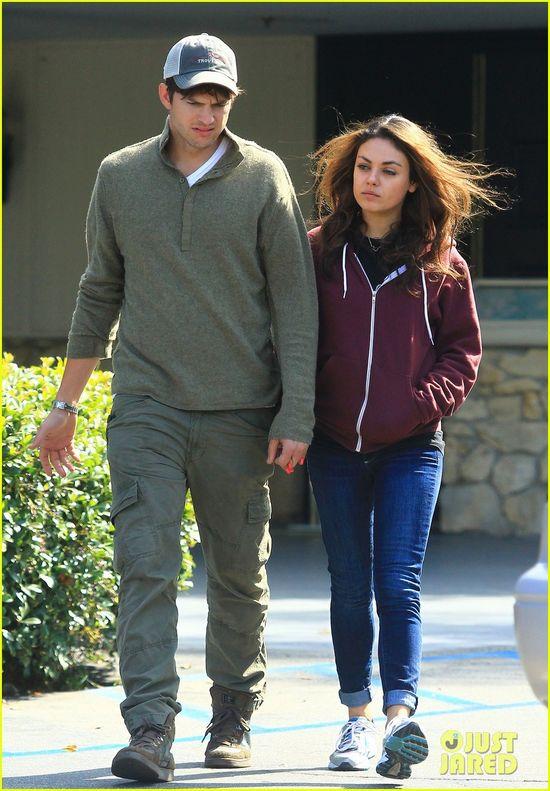 Ashton Kutcher Holds Car Door Open for Mila Kunis!