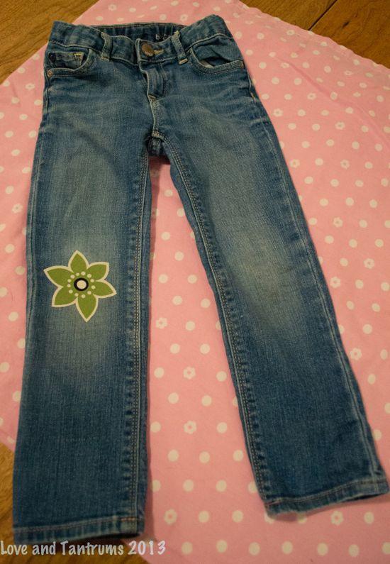 DIY Fashion Jean redo.  Knee Patch