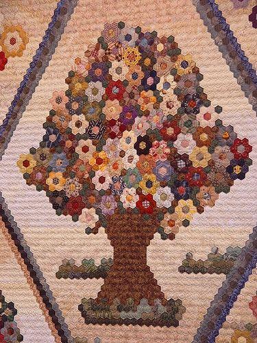 Gorgeous hexi quilt!  :)