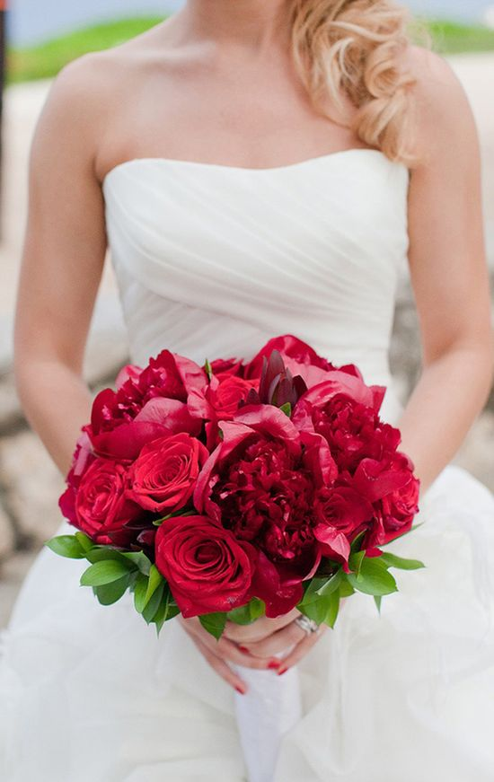 25 Stunning Wedding Bouquets - Part 9 - Belle the Magazine . The Wedding Blog For The Sophisticated Bride