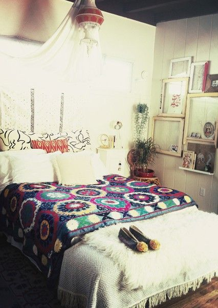 Bohemian Home: Bohemian bedroom