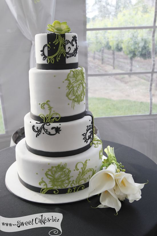 Filigree and Floral Wedding Cake