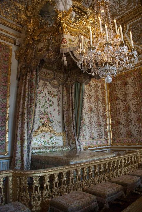 Maria Antiniete Bed Room