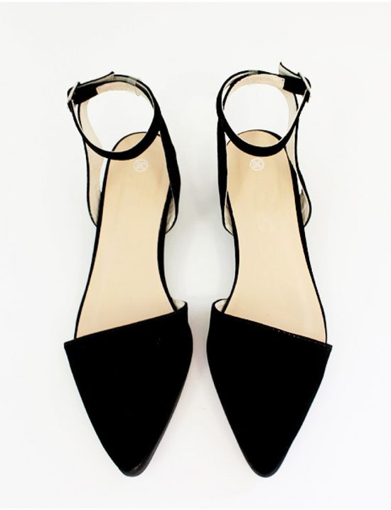 Pointy ankle strap flats so classic.