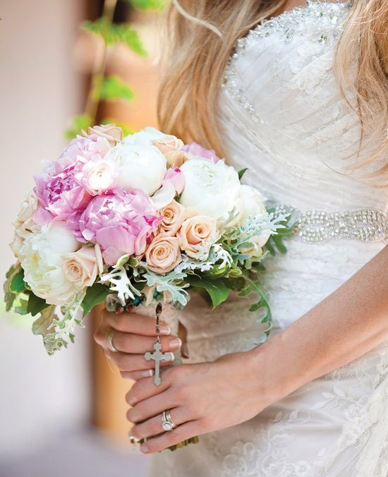 Soft, Romantic Bouquet // Photography: Photo Love Photography, Bentonville, AR // Feature: