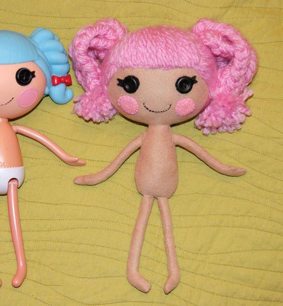 DIY Lalaloopsy doll from felt!