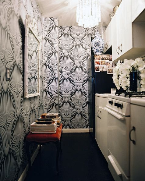 Kitchen - Hollywood Regency petite kitchen