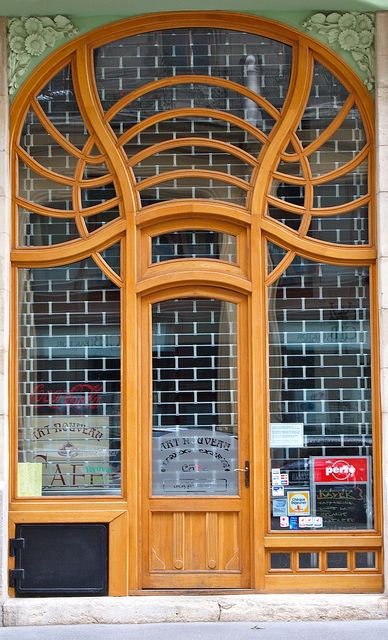 Art Nouveau door. Budapest, Hungary