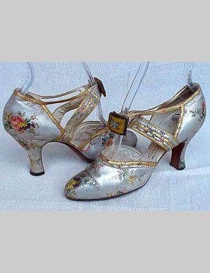 1930s Metallic Shoes. @designerwallace