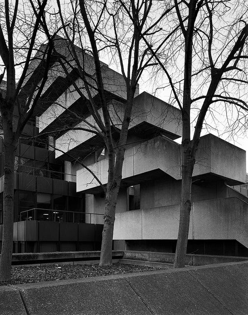 Institute of Education, London by Sir Denys Louis Lasdun.